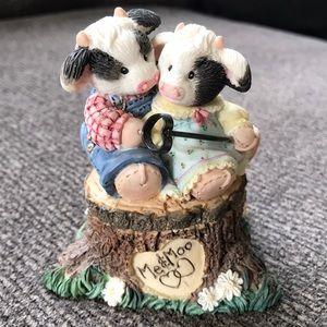 Mary's Moo Moos trinket box